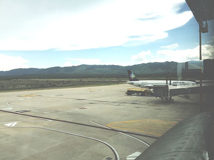 Airport Plane Catching A Flight Transportation Aeroplane Aeropuerto Avion Volarismexico