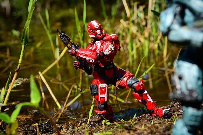 """""""This mud is so thick!"""" Toyonlocation Toy_nerds Toyoutsiders Pensacola_toynerds Halo Halo4 Halo5 SpartanSoldier War Military Unsc Toycrewbuddies Spacemarine Toptoyphotos Toydiscovery Toyphotography _tyton_ Ata_dreadnoughts Toystagram Capturedplastic"""