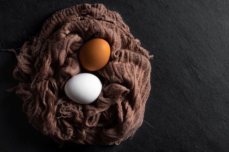 Nestled Eggs