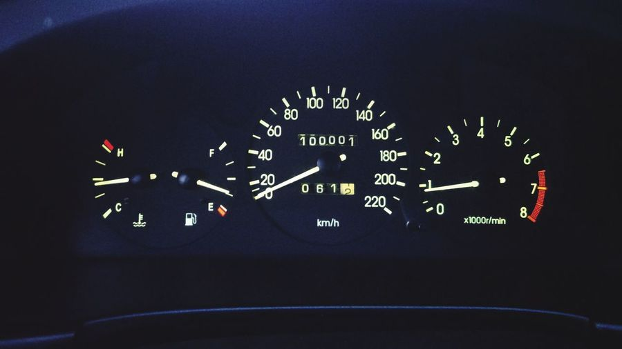 Km Chevrolet Speedometer First 100000 Cockpit Flying Car Close-up