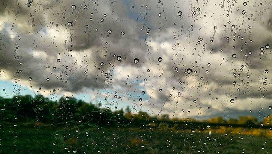 Now more rain SkyPics Stormclouds Raindrops LetItRain Norcal Redbluff Sacramentoriver HappyBirthday