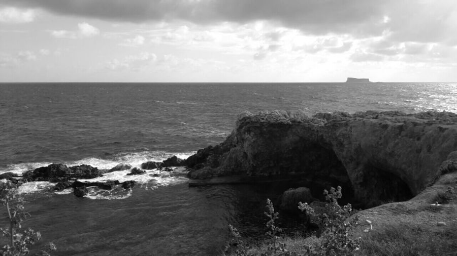Shades Of Grey MALTA❤ Lost In The Landscape