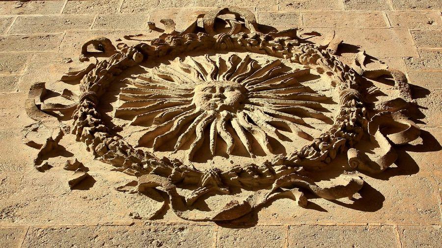Old Symbol Sol De Portocarrero Almería Cathedral Urban Unknown Urban Light And Shadow Shadow Sun Old