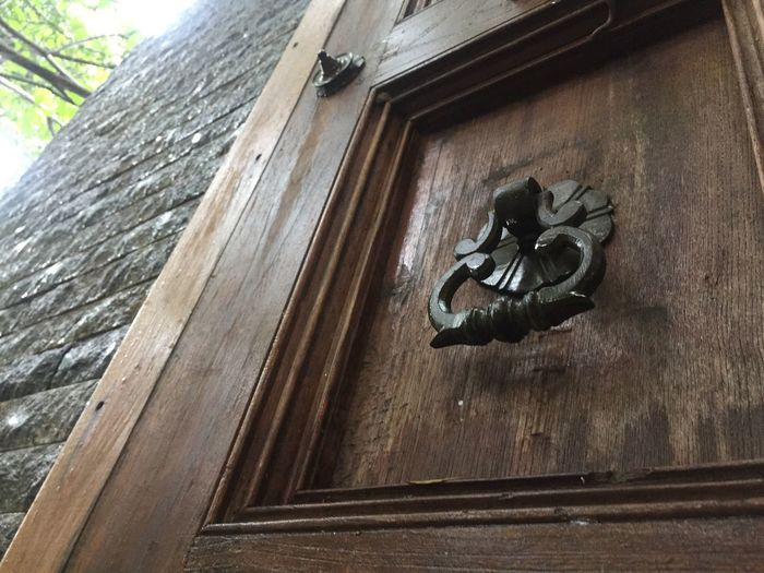 door decorate Wood - Material Low Angle View Art And Craft No People Day Architecture Representation Sculpture Creativity Built Structure Craft Building Exterior Tree Close-up Window Outdoors Focus On Foreground