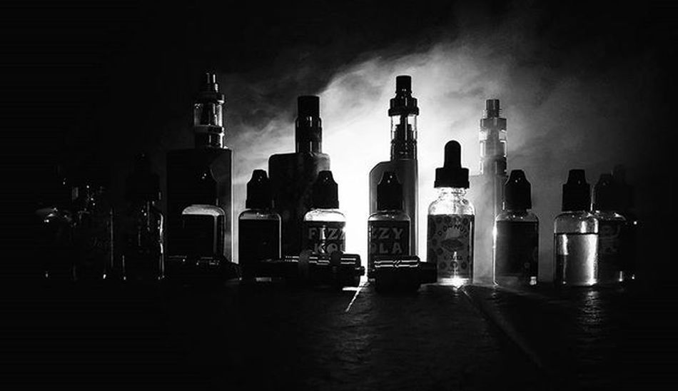 Vaporizer  Cimahivapor Instavape Bandungvapers Vapersbandung Vaperscimahi Vaping Indovapor Indovape Vapecommunity Vapegram Bdgvape Tarfree Vapeporn Worldwidevapers VapeLife Vapestagram Vaperline Bw Bnw Blackandwhite Monochrome