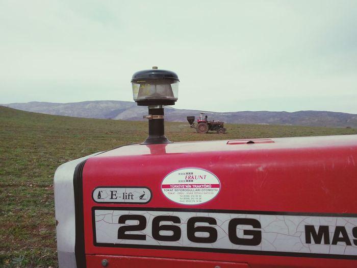 Beautiful Tractor çalışmak
