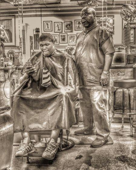 Shop time Urban Urban Lifestyle Urbanphotography Haircut Barbershop