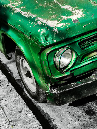 Vieja Camioneta Antique Car Car Close-up Contrasting Colors Day Fierros Viejos Green Color Green Color Land Vehicle Mode Of Transport No People Old Car Old Metal Old-fashioned Outdoors Retro Styled Street Cars Tire Transportation