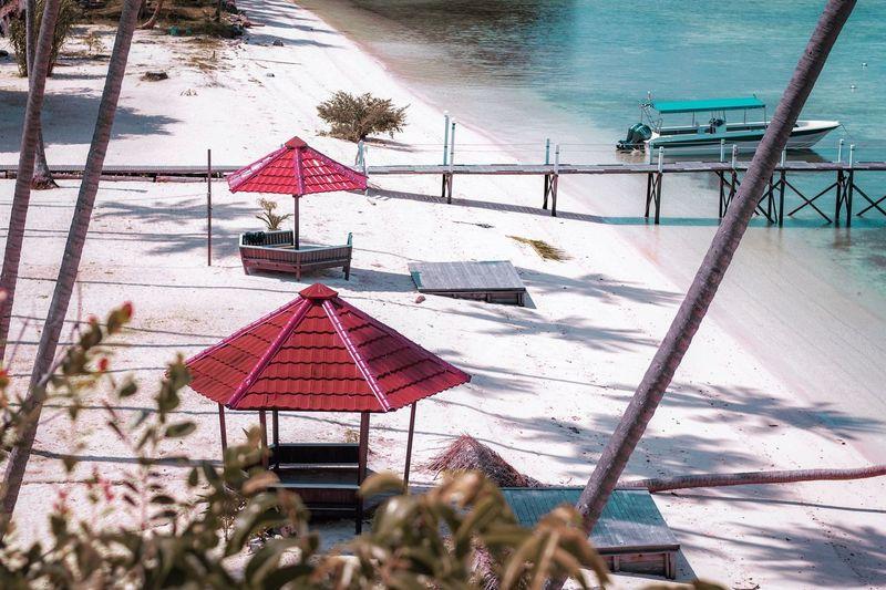 Green Nirvana Resort Vacations Beach Maratua Island EyeEm Best Shots Eyeemphotography EyeEm Nature Lover BerauASIK Cold Temperature Snow Nature Winter Water Day Land Beauty In Nature