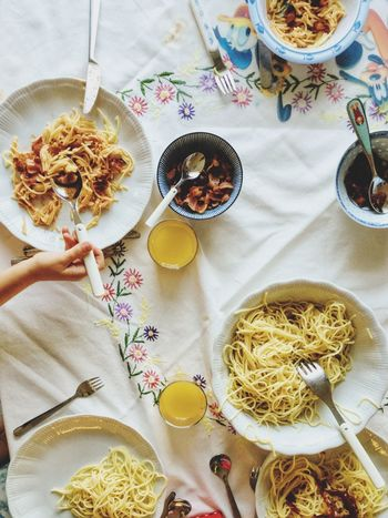 ShareTheMeal Food And Drink Plate Food Table Freshness Indoors  Ready-to-eat Healthy Eating High Angle View Bowl Fork Refreshment Drink Spaghetti No People Day