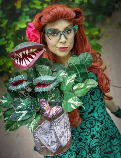 Poison Ivy Green Color Young Women Beautiful Woman Portrait Cosplay NYCC Nycc2017 Cosplaygirl Cosplayer Poison Ivy