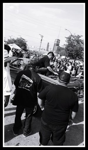 Lowriders 😍 lowriders dropit carshow People Real People Outdoors Large Group Of People Crowd Togetherness Good Memories ❤ Chicago Illinois Lots Of Batteries Lowrider Show Chicago Illinois 2017 EyeEm Ready   EyeEmNewHere The Street Photographer - 2018 EyeEm Awards #urbanana: The Urban Playground