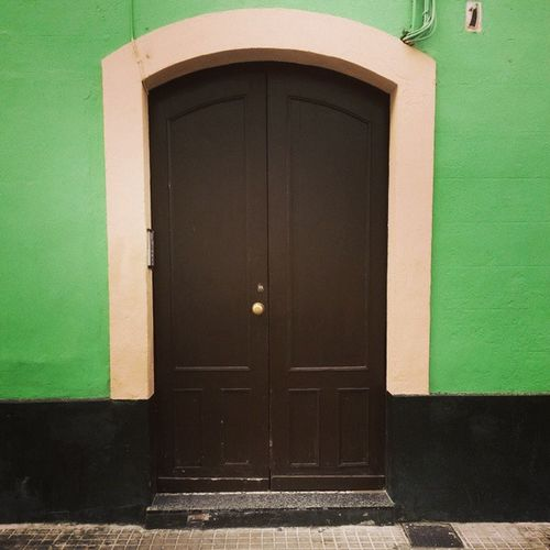 Cadix Door