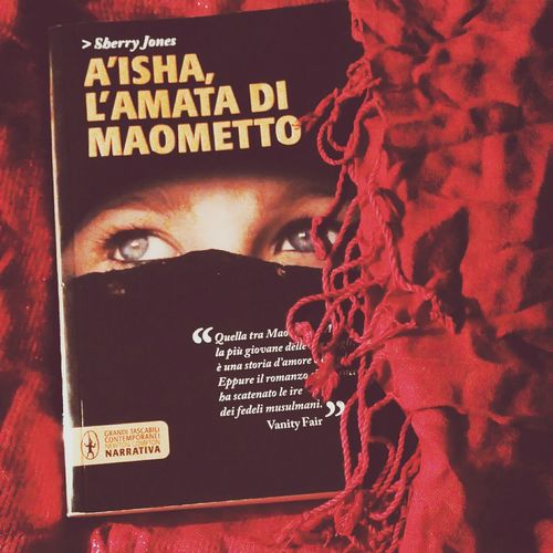 Taking Photos Photo Pictureoftheday Book Love Favorite Book Aisha