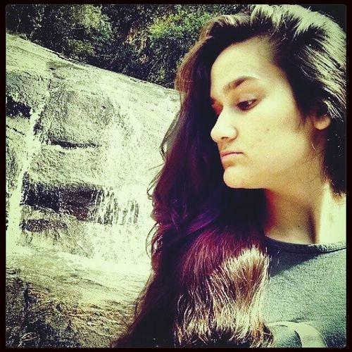 Guarde o que foi bom e jogue fora o que restou... Girl Positivity. :) Beautiful Nature Waterfall*-*