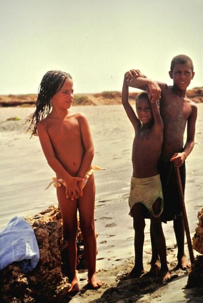 South Caboverde Africa Children Curiosity Beach This Is Family