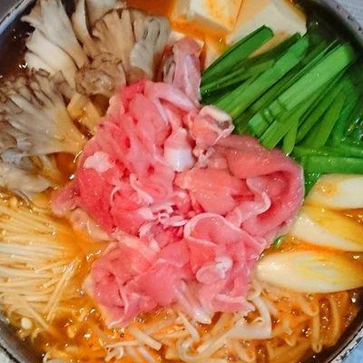 今日の我が家の晩御飯シリーズ キムチ鍋 ちょっとアップしすぎたぁ