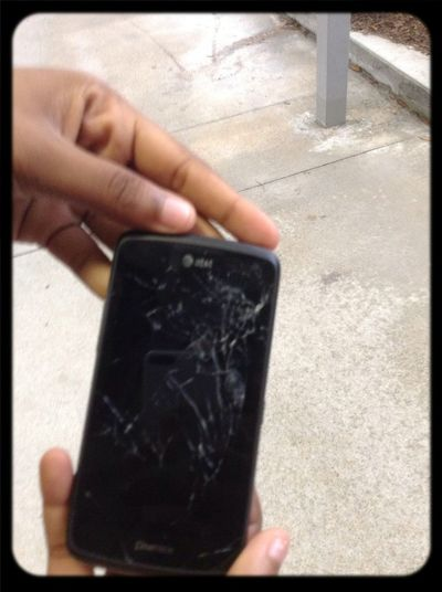 Taylor Cracked Phone She Just Got For Christmas