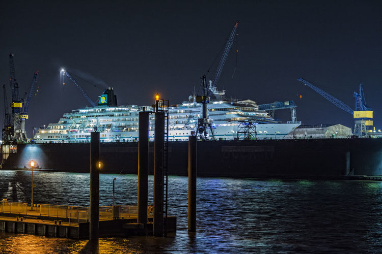 Amadea_II Altona Amadea Blohm + Voss Clear Sky Cruise Ship Dock Elbe Illuminated Night Night Photography Outdoors Reflection River Ship Piers Sky Water Waterfront