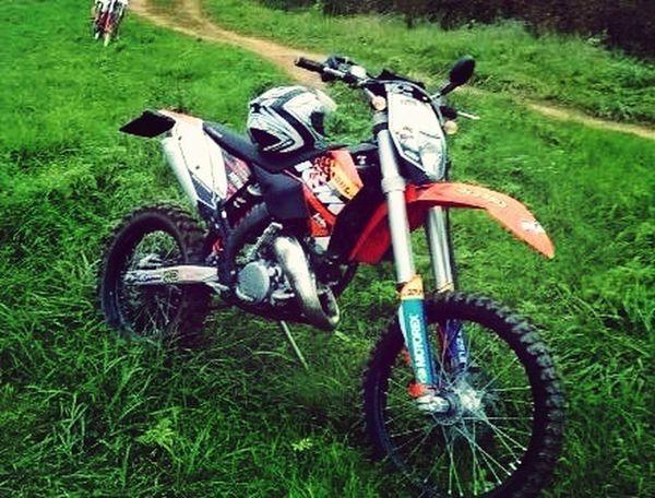 A lot of love for my motocross!! Motocross Ktm125cc Sport