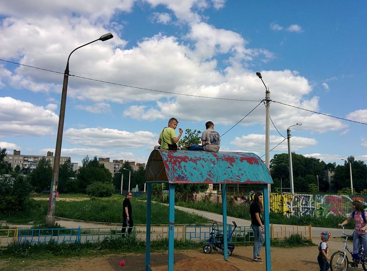 The Photojournalist - 2016 EyeEm Awards Childrenon the playground thinking about Adulthood and Future. Sergiev Posad Streetlife Clouds Generation Fathers & Sons