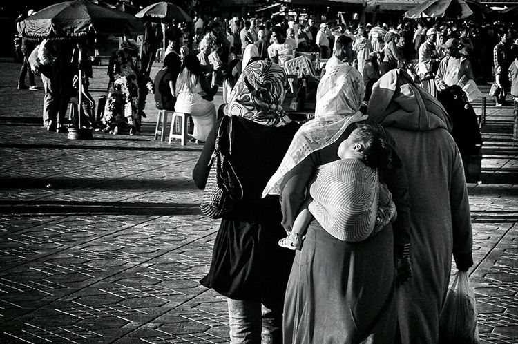 Women Around The World Real People Women Blackandwhite Blackandwhite Photography Streetphotography Women Who Inspire You Women Of EyeEm Motherhood Motherhood Moments Ordinary Day Daily Life - Marrakech Morocco Africa Connected By Travel