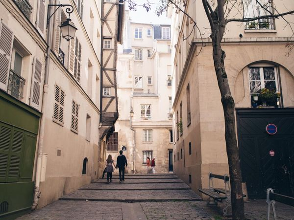 Streetphotography Streetphoto_color Romantic Eye4photography  Marais Le Marais Paris The Street Photographer - 2016 EyeEm Awards