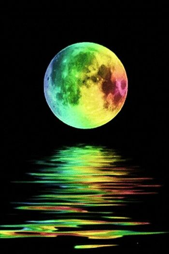 New Moon Rising Beautiful ♥ Peace And Quiet Soulfuel Hello World Colorful WonderfulJourney