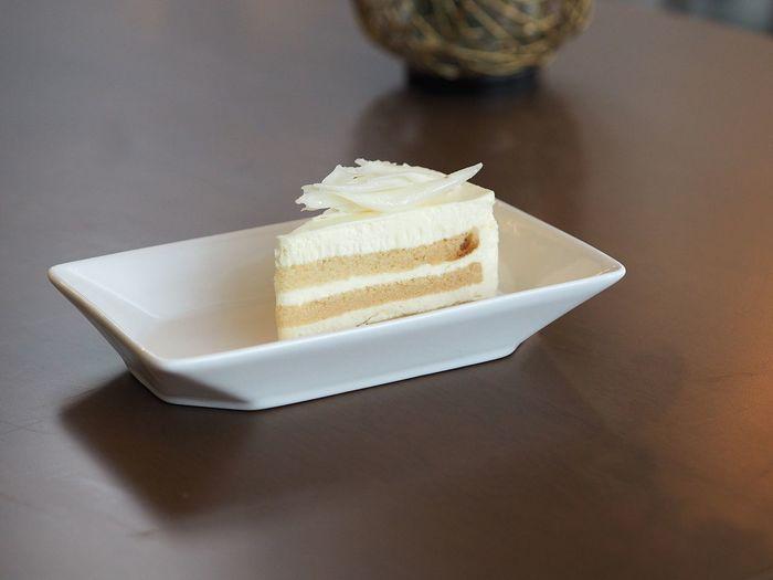 Cream vanilla