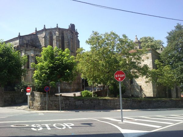 Stop Iglesia Gótica