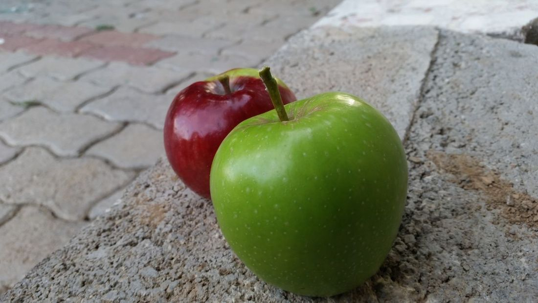 Two Apples Red Apple Green Apple Two Apples Floor