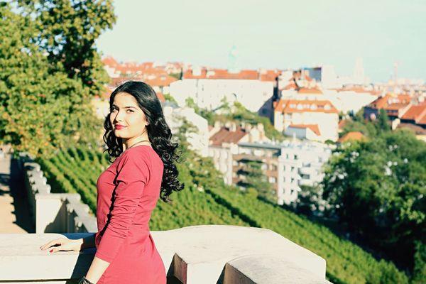 Prague Grebovka Sunny Day Young Women Beauty