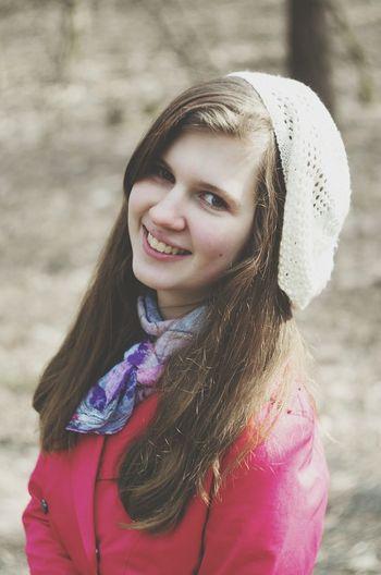 фото осень прекрасна 🌾🍂🍃 Осень 🍁🍂 красивая девушка идеи для фото люблю отдых смешная милашка