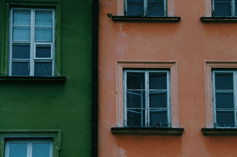 I have a thing for windows Warsaw Window Building Exterior Architecture Built Structure Outdoors Green Color Colors Window Frame Windowporn Windows_aroundtheworld Windows The Architect - 2017 EyeEm Awards The Street Photographer - 2017 EyeEm Awards