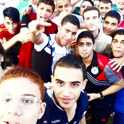 Selfies_everywhere Wade7 tb3n ana feen xD