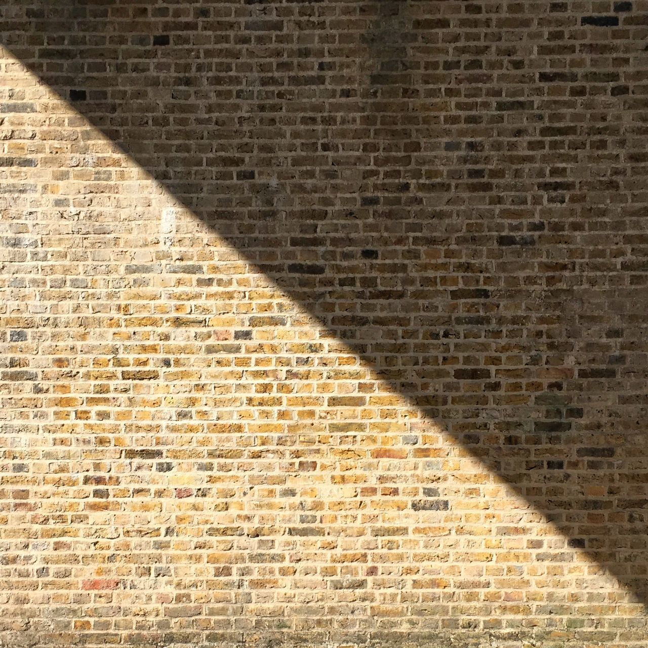 brick wall, brick, wall, shadow, wall - building feature, architecture, backgrounds, built structure, textured, no people, sunlight, full frame, day, pattern, outdoors, nature, building exterior, brown, city, creativity, focus on shadow