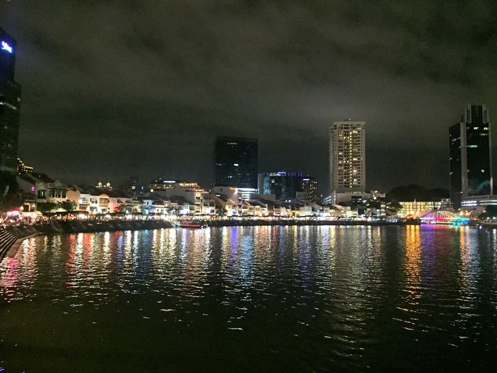 Illuminated Cityscape Urban Skyline Skyscraper Waterfront Outdoors Modern Singapore City Newyearseve Light Check This Out Packyourthingsandtravel Travel Weekend 👣🐾