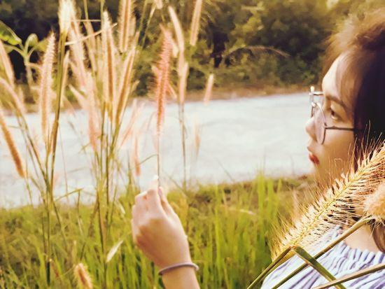 Young Women Water Women Headshot Human Hand Beautiful Woman Close-up Grass