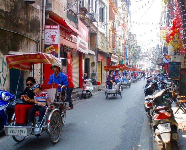 Cyclo Cyclos Tourist Train Tourists Street Photography Vietnam Hanoi, Vietnam Phố Cổ Old Quarter, Hanoi