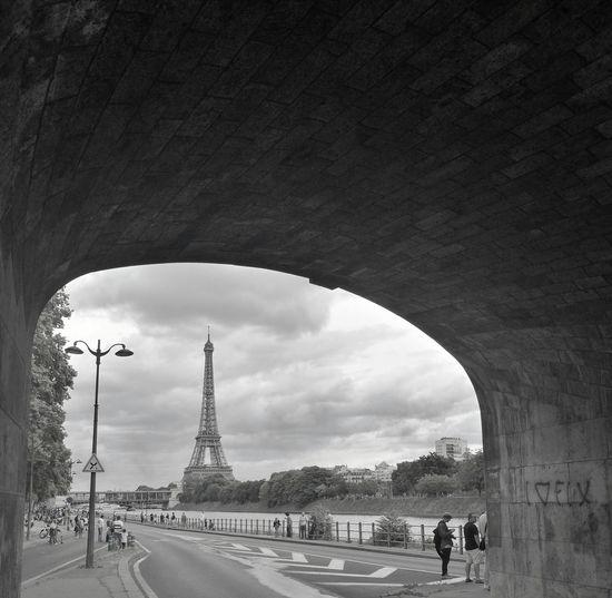Paris, France  Eiffel Tower Architecture Built Structure Sky Huaweiphotography Monument Paris ❤