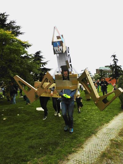 Taking Photos Festival People Getting Inspired Recycling Materials Cardboard Creativity cre