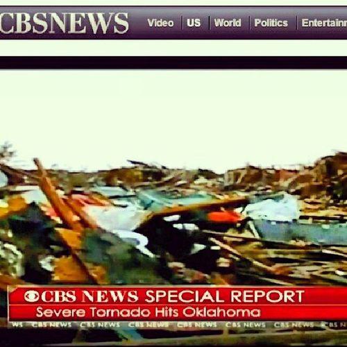 Prayforoklahoma Tornado CBSNEWS Photooftheday USA peoples street day week internet oklahomaStrong.