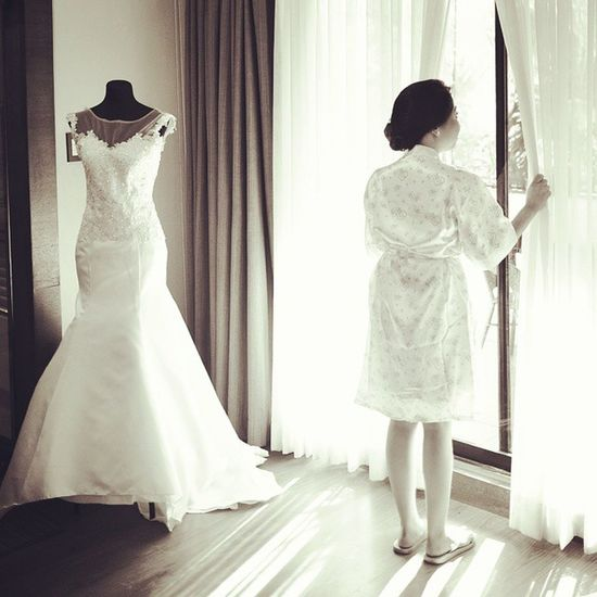 Waiting. Missing you. 💒👼💑 🎥 vimeo.com/ripplesoflife 📷 fb.com/ripplesoflifephotography 💌 ripplesphotography@gmail.com ☎ 09223450887 Weddings Photographer Events Bride Love Ripplesoflife Videographer Philippines Manila Gown Photography Dress