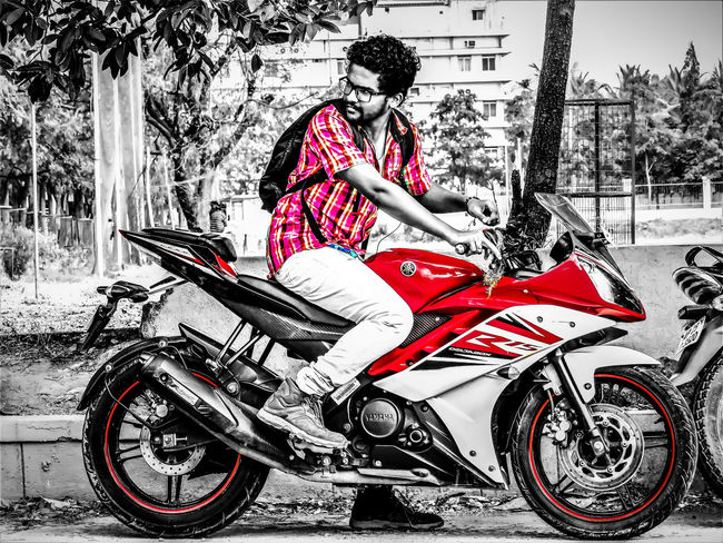 Ultimately, who you choose to be in a relationship with and what you do with them is your business Bikelife Biker BikerBoy Boy City Hardday Hyderabad India Monocolor Moto Motorcycle Motorcycle Racing Motorcycles One Person Outdoors Photography Photoshoot Photoshop Photoshopexpress Red Ride Ride Or Die Rider Yamaha Young Adult