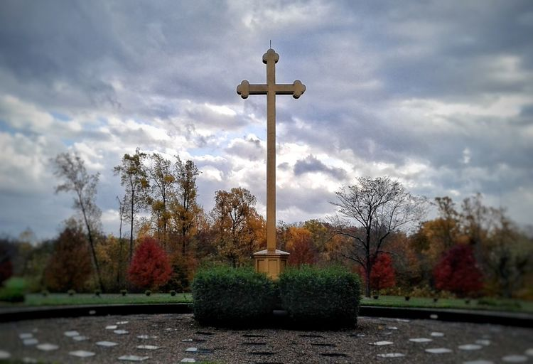 Cross Cloud - Sky Tree Sky Statue Day No People Outdoors The Great Outdoors - 2017 EyeEm Awards Beauty In Nature Rural Photography Autumn 2017 EyeEmNewHere The Week On EyeEm Catholic Arcitecture Tranquility Catholicism Catholic Cemetery St. Mary Of The Knobs Floyds Knobs, IN EyeEm Ready