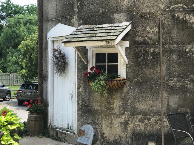 Amish little flower house Lancaster, PA New Holland Amish Flower House Day Car Tree Land Vehicle Architecture Lifestyles EyeEmNewHere