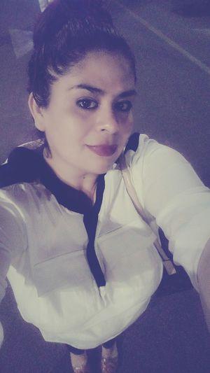 Salgo Rara 😝😜 Me Veo Fea Me Veo Gorda :3 Hello World I See Ugly 😕 That's Me Noche Estupenda Bye & Good Nite 🌎🌃🌜🌘 Bye 💋😍