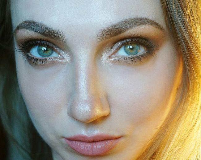 My makeup look 👀👄 Makeuplover Makeup Girl Green Eyes Green Young Woman Beautiful Make Up Smokey Eyes Mua Makeup Artist Makeup Model Beautiful Face