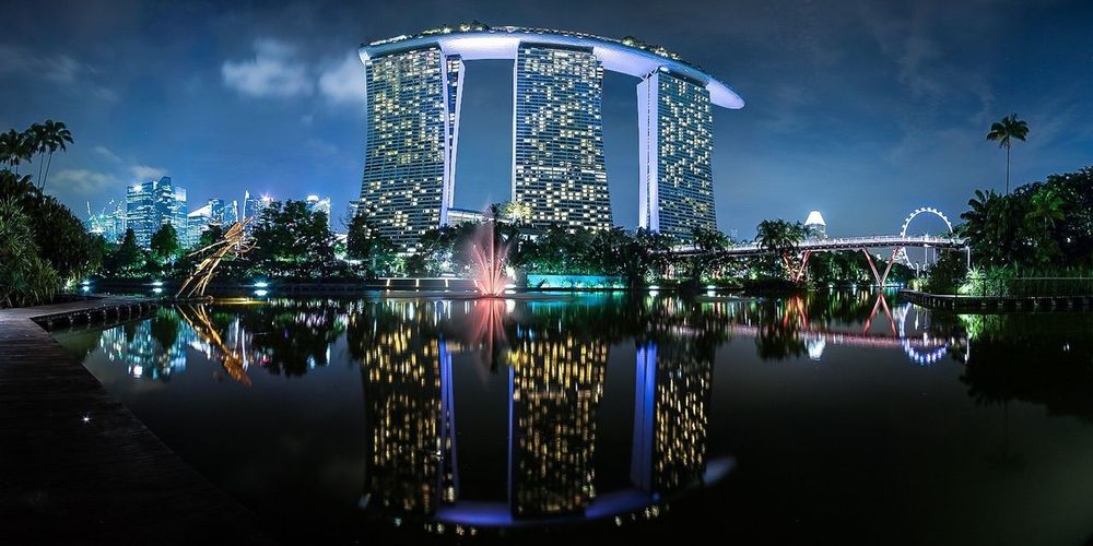 City Lights Hanging Out Travel Reflection Night Lights Cityscapes City Lights Pond Jogging Panorama The Architect - 2016 EyeEm Awards Envision The Future