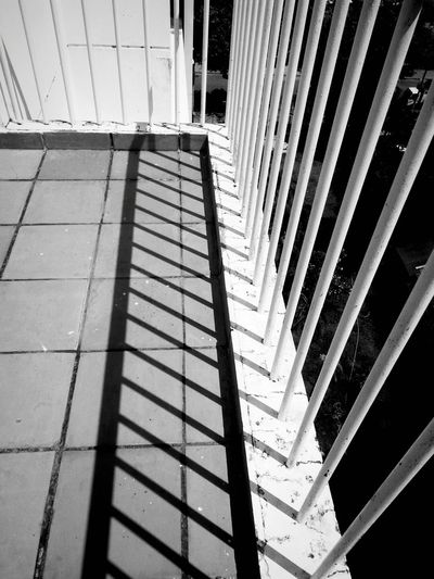 Architecture Building Exterior Built Structure No People ModernDaylight Outdoors Day City Skyscraper The City Light Blackandwhite Outdoorphotography City Life